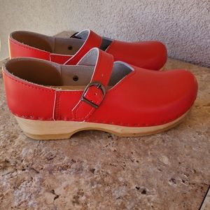 SVEN Red Mary Jane Clogs
